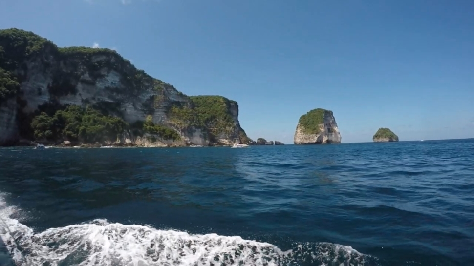 Nusa Penida Manta Point Cliffs